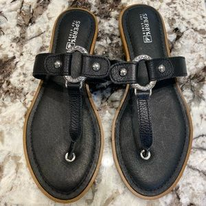 New Sperry Sandals